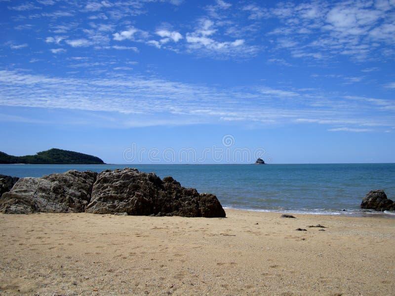 Una playa hermosa de la costa australiana foto de archivo libre de regalías