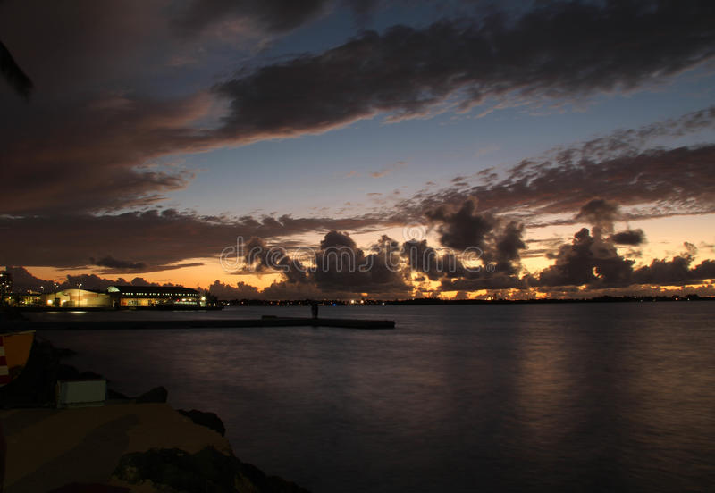 Una puesta del sol hermosa fotos de archivo