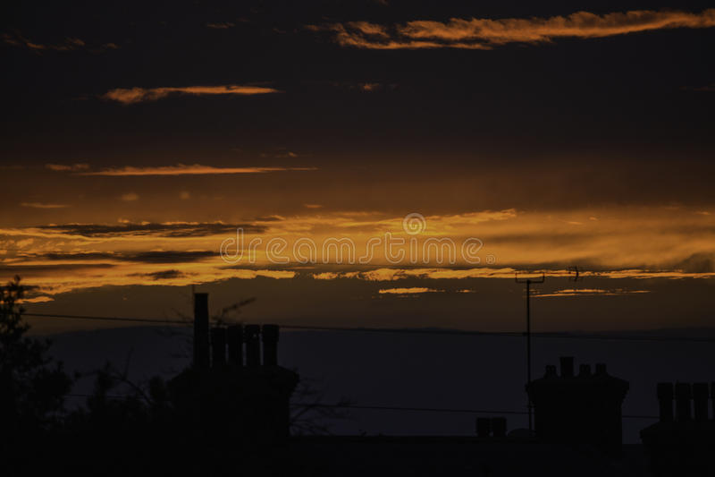 ¿Una puesta del sol normal? imágenes de archivo libres de regalías