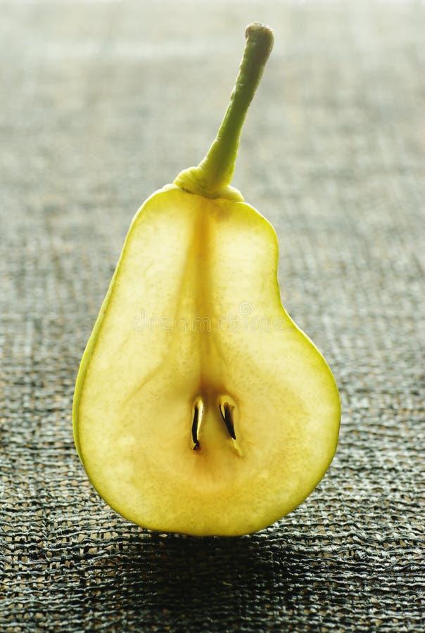 Una rebanada de pera. foto de archivo