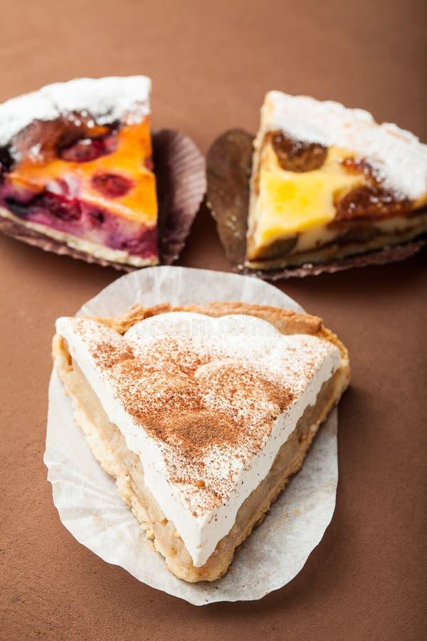 Una receta para una empanada de manzana o una torta hecha en casa, concepto imagenes de archivo