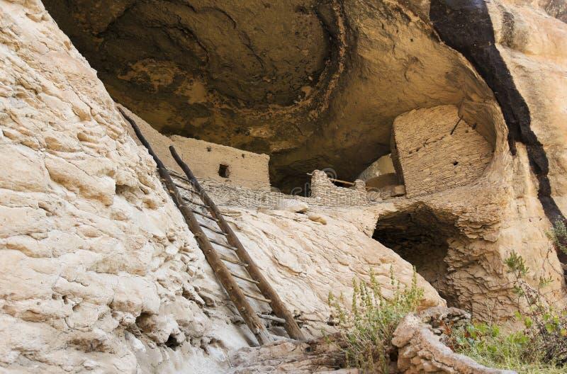 Una scena della caverna 4 a Gila Cliff Dwellings fotografia stock