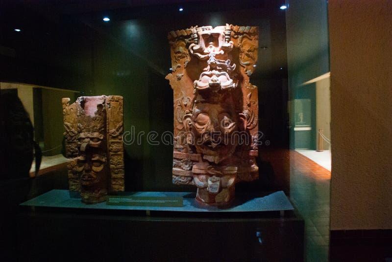 Una scultura maya antica Esposizione del museo in Palenque Il Chiapas, Messico immagine stock