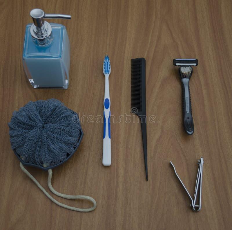 Una selección de esencial del cuarto de baño foto de archivo libre de regalías