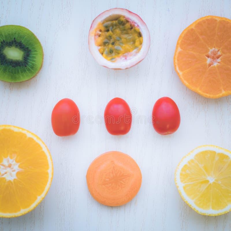 Una selezione degli ortaggi freschi per una dieta sana del cuore come raccomandato da medici fotografia stock