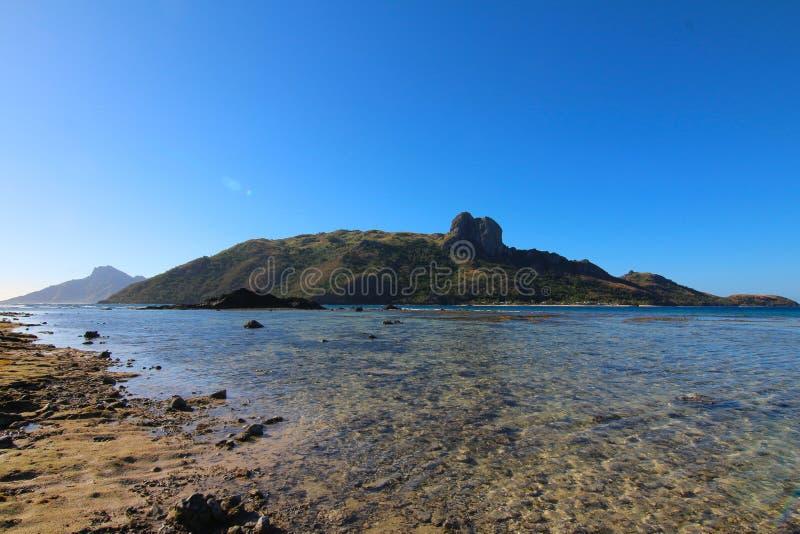 Una spiaggia in un'isola delle Figi fotografia stock