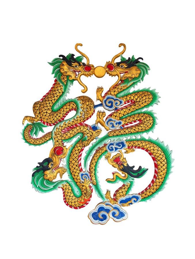 Una statua di quattro draghi della porcellana sui precedenti bianchi fotografia stock libera da diritti