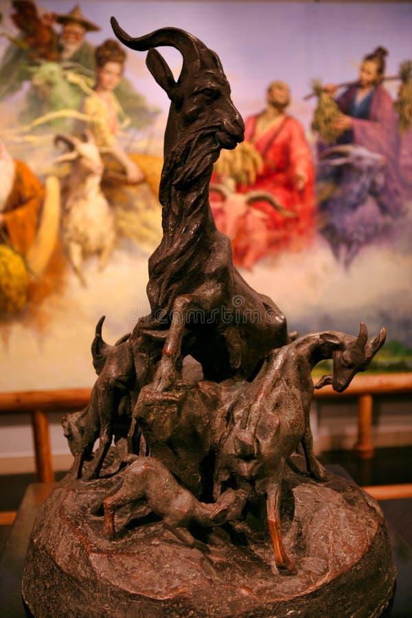 Una statua di un simbolo di cinque capre di Canton fotografie stock libere da diritti
