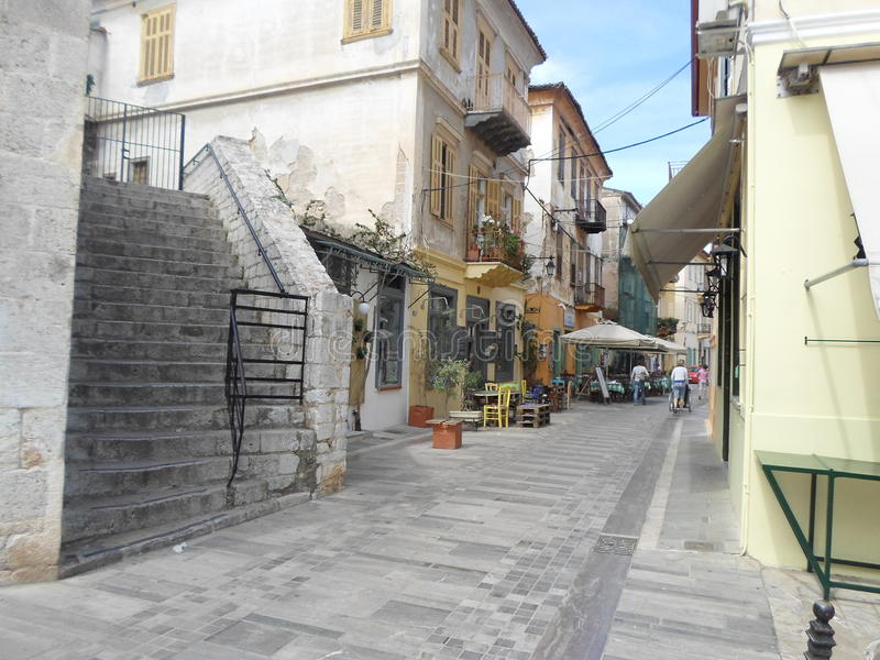 Una strada tipica nel centro della città del te immagini stock