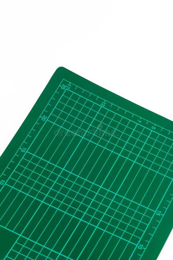 Download Una Stuoia Di Taglio Della Parte Immagine Stock - Immagine di apparecchiatura, guide: 30830165