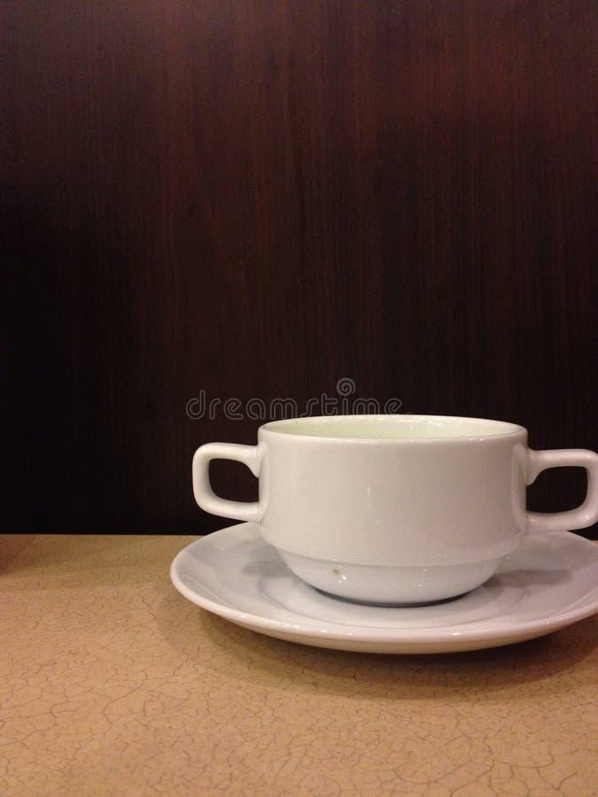 Una taza de sopa fotografía de archivo libre de regalías