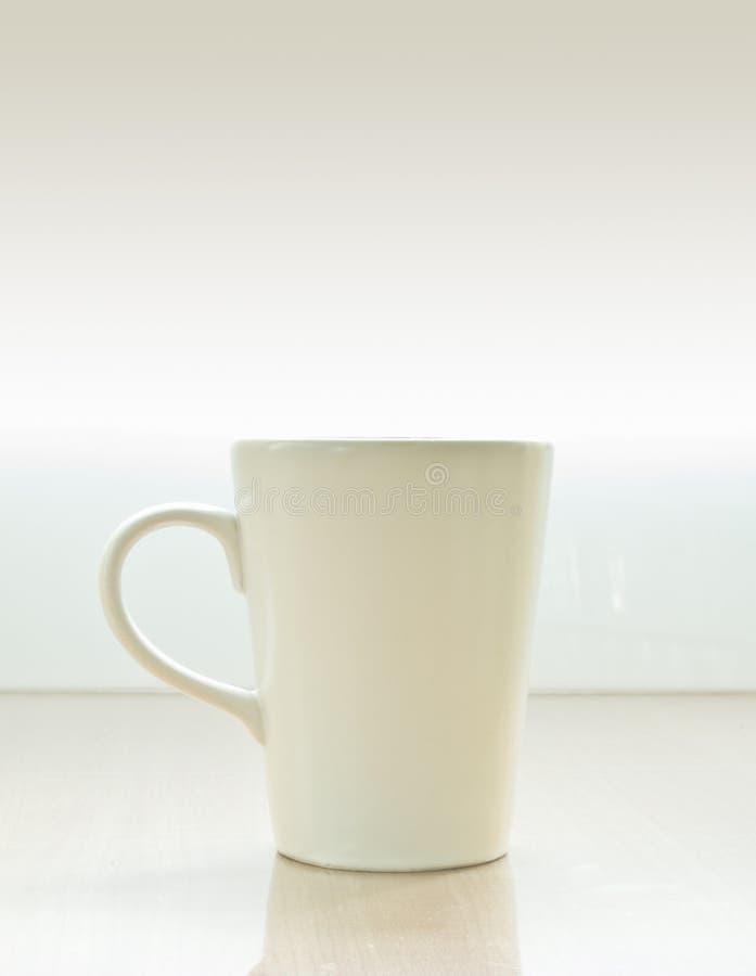 Una tazza di ceramica fotografie stock