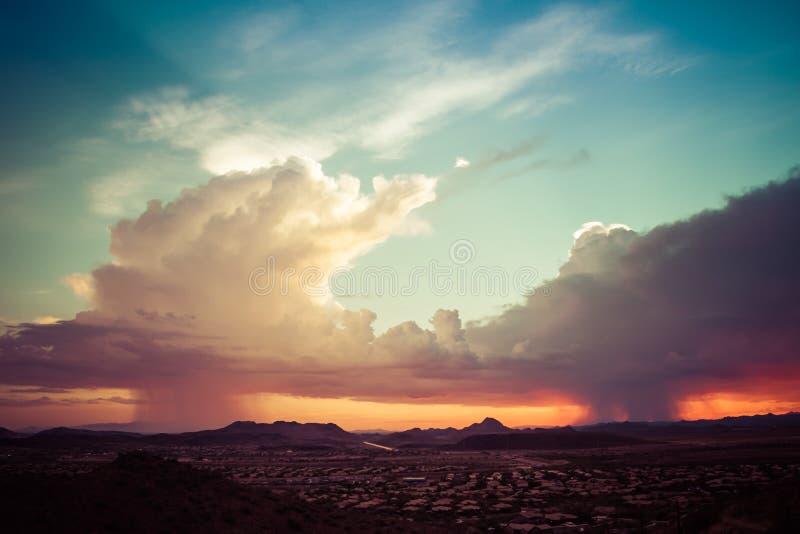 Una tempesta di monsone sopra l'Arizona fotografie stock libere da diritti
