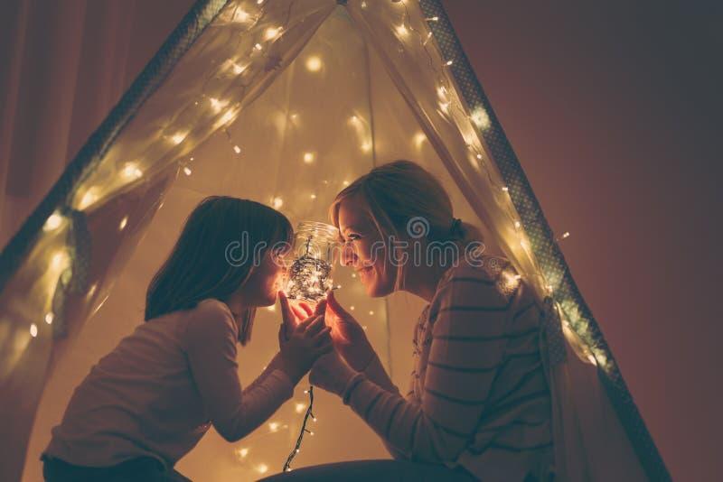 In una tenda fotografie stock libere da diritti
