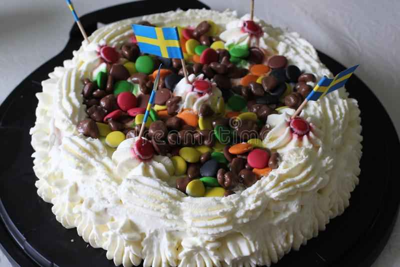 Una torta birtday fotografía de archivo