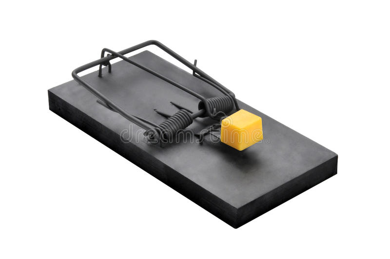 Una trampa negra del ratón aislada en blanco fotos de archivo libres de regalías