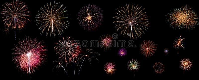 Una variedad de fuegos artificiales coloridos aislados en fondo negro imágenes de archivo libres de regalías