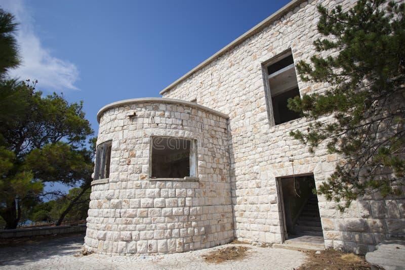 Una vecchia costruzione demolita fotografie stock libere da diritti