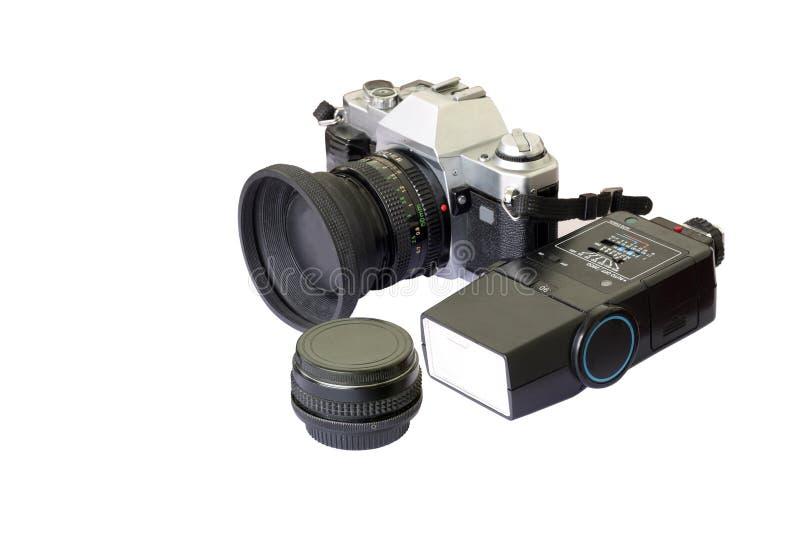 Una vecchia macchina fotografica analog di modello con la carica ed il flash immagine stock libera da diritti
