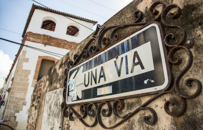 UNA viejo VÍA la muestra/una muestra de la manera/en la ciudad vieja de Santo Domingo imagenes de archivo