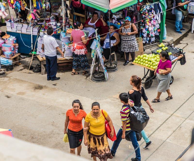 Una visión típica en San Salvador, El Salvador foto de archivo libre de regalías