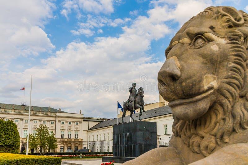 Una visi?n t?pica en Varsovia en Polonia imagenes de archivo