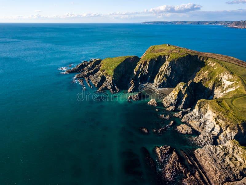 Una vista aerea di Bigbury sul mare in Devon, Regno Unito immagini stock