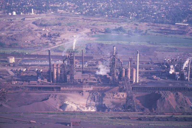 Una vista aerea di una fabbrica fotografie stock