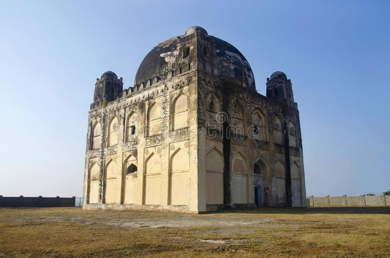 Una vista de Chor Gumbaz, Gulbarga, estado de Karnataka de la India imágenes de archivo libres de regalías