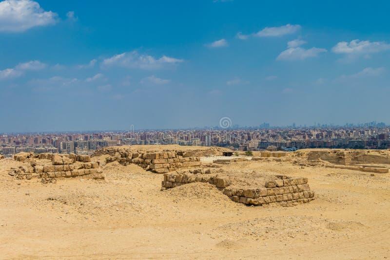 Una vista de la ciudad de El Cairo de la colina, Egipto imagen de archivo