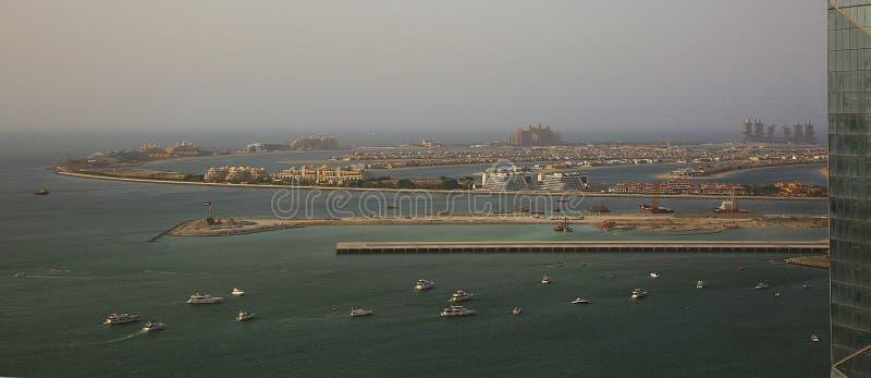 Una vista de la palma de Jumeriah en Dubai foto de archivo