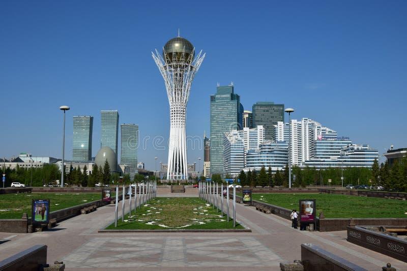 Una vista de la torre de BAITEREK en Astaná fotos de archivo libres de regalías