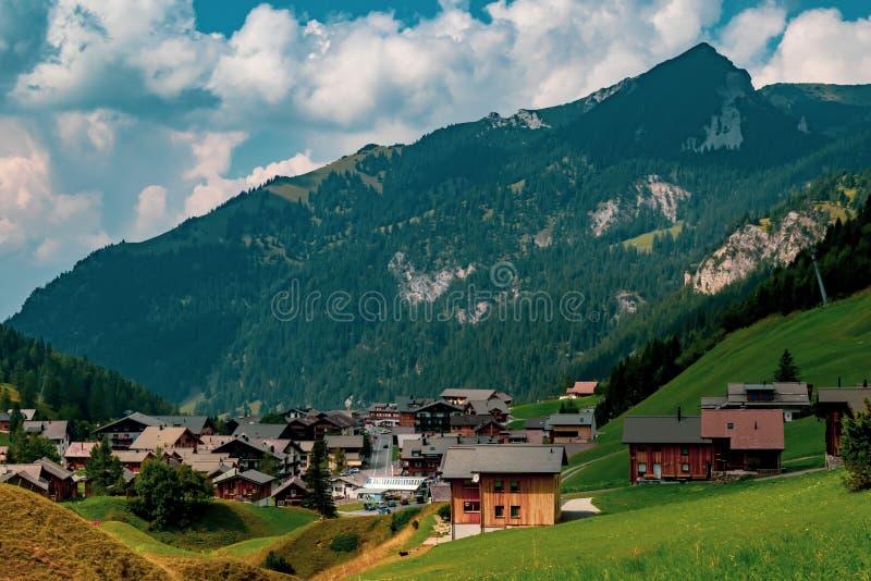 Una vista de Malbun, estación de esquí en Liechtenstein foto de archivo libre de regalías