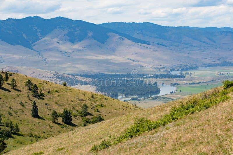 Una vista del fiume Flathead fotografie stock