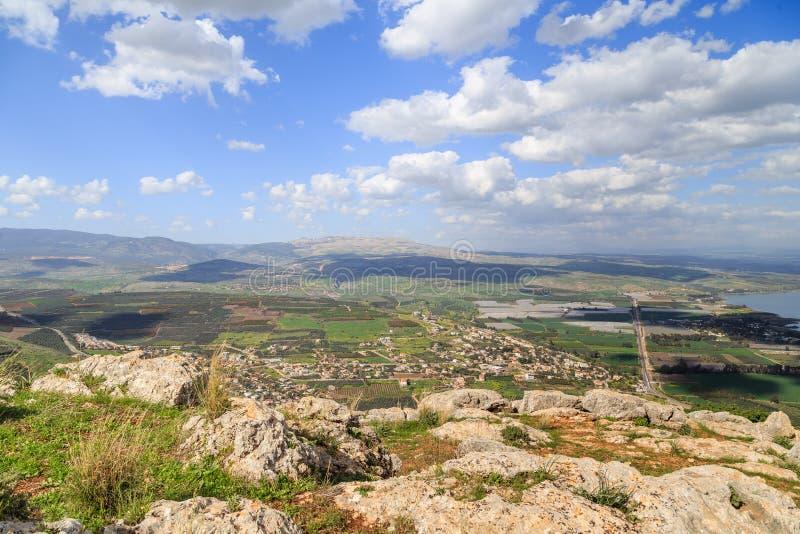 Una vista del mare della Galilea dal supporto Arbel fotografia stock