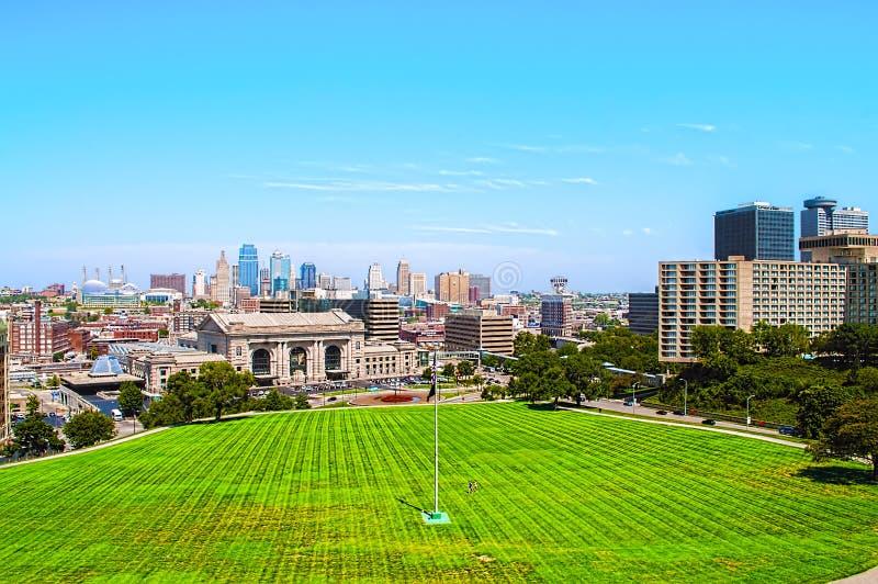 Una vista dell'angolo alto di Kansas City Missouri fotografia stock