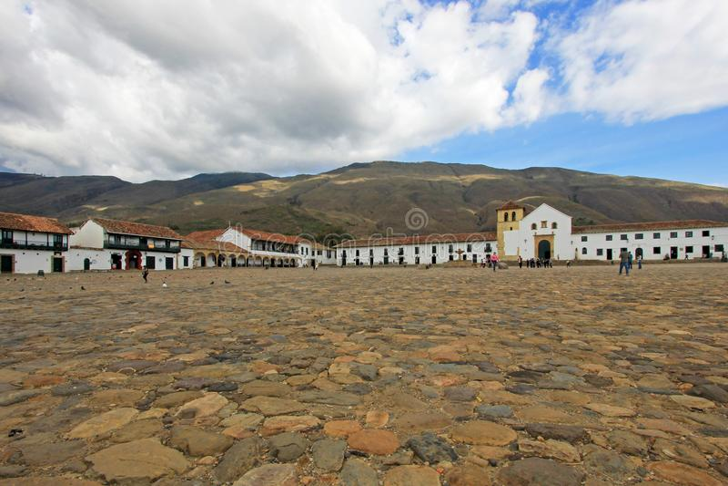 Una vista della piazza in Villa De Leyva, Colombia immagini stock libere da diritti