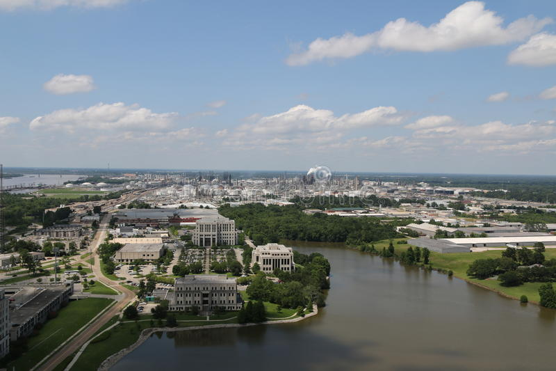 Una vista di una città fotografia stock