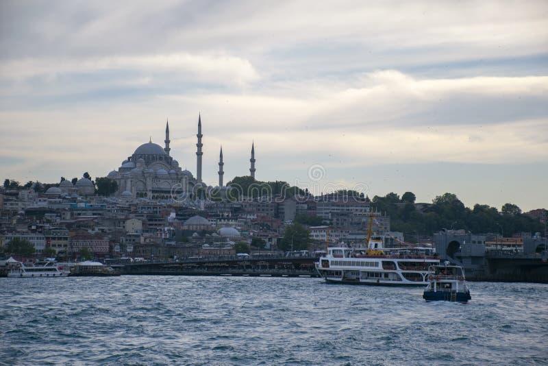 Una vista diurna de Suleymaniye fotos de archivo
