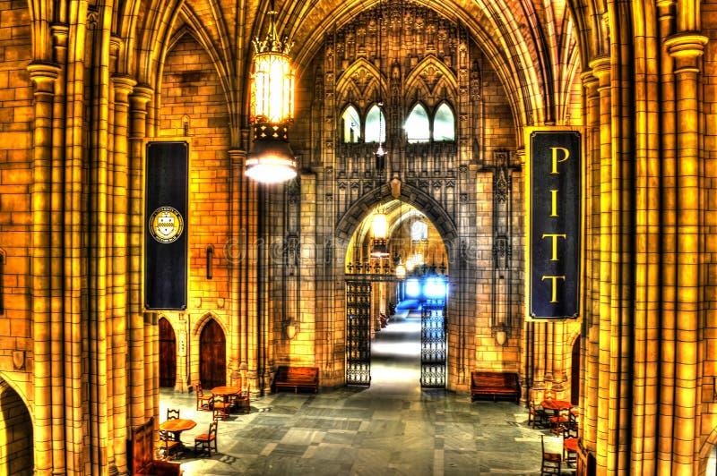 Una vista interior de la catedral del aprendizaje en Pitt - Pittsburgh fotografía de archivo libre de regalías