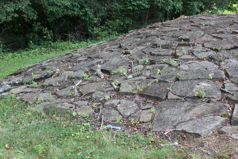 Una vista más cercana del montón de piedra en el fuerte antiguo imagen de archivo libre de regalías