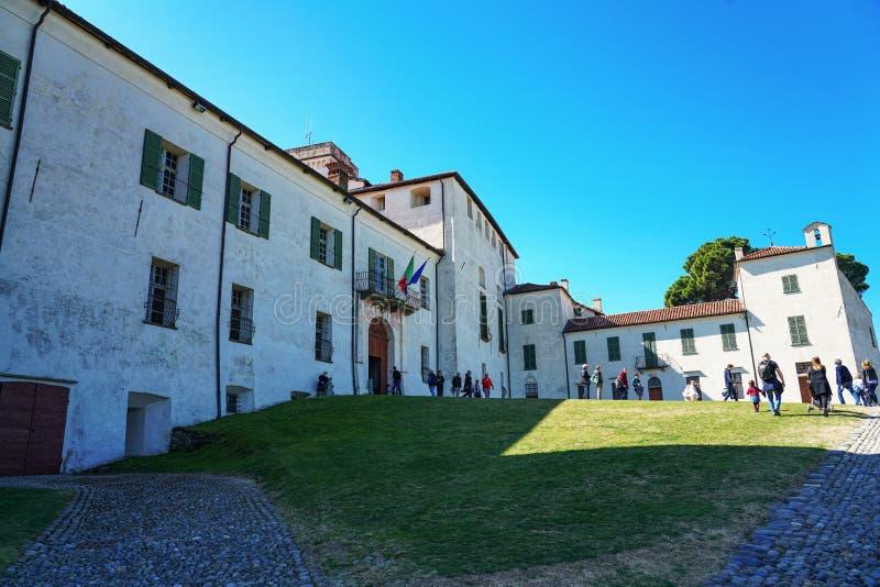 Una vista magnifica del castello di Masino immagini stock libere da diritti