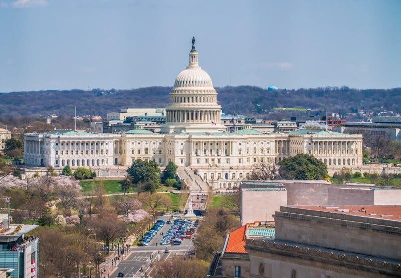 Una vista panorámica del edificio del capitolio de Estados Unidos foto de archivo libre de regalías