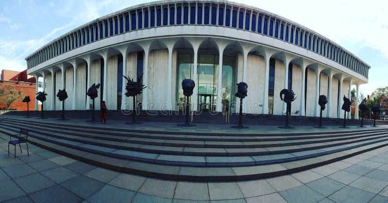 Una vista panoramica di zodiaco cinese si dirige all'università di Princeton immagine stock