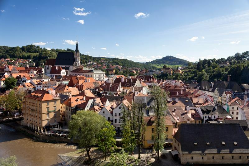 Una vista sopra la città Cesky Krumlov fotografia stock libera da diritti