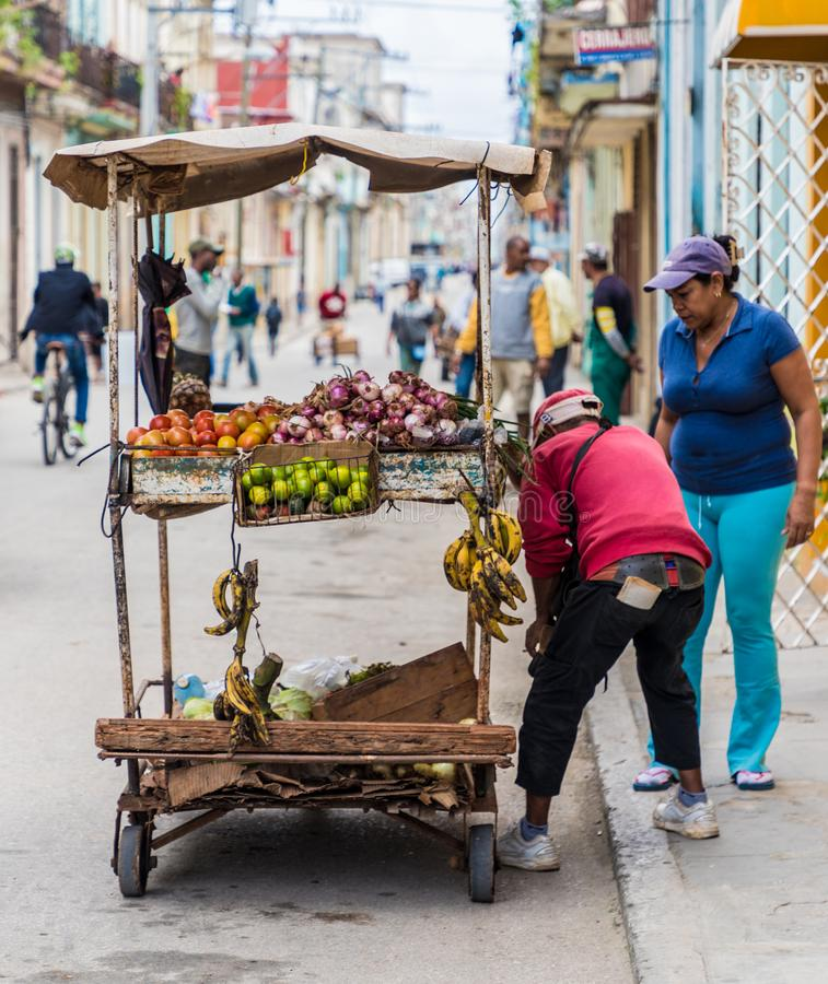 Una vista tipica a Avana in Cuba fotografie stock libere da diritti