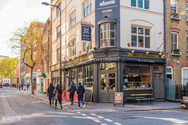 Una vista tipica a Londra immagini stock libere da diritti