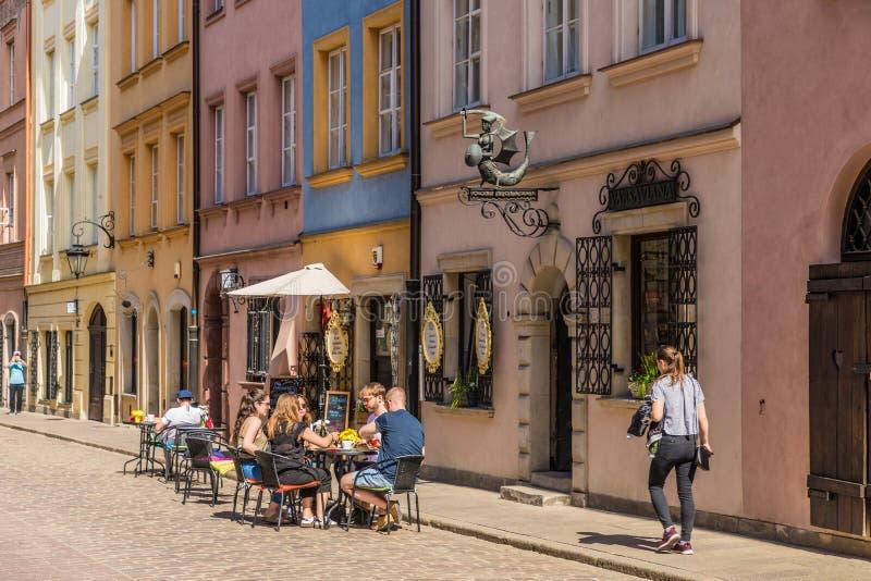 Una vista tipica a Varsavia in Polonia immagini stock