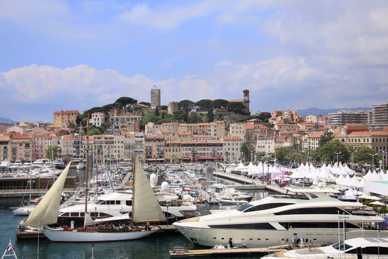 Download Una Visualizzazione Generale Di Porta Cannes Immagine Stock Editoriale - Immagine di bello, fortress: 117975879