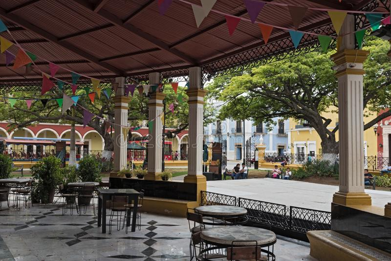 Unabhängigkeits-Park-Piazza in San Francisco de Campeche, Mexiko lizenzfreie stockbilder